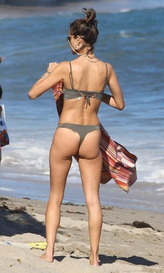Alessandra Ambrosio In Bikini On The Beach Malibu Thefappeningblog 1