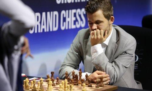 Šahovska elita okupila se u Zagrebu; svjetski prvak briljirao prvog dana