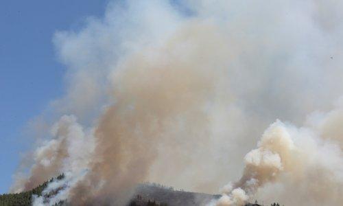 Požari bjesne na grčkoj Eubeji, dim se proširio i Atenom