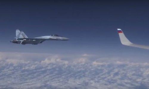 [VIDEO] Pogledajte kako je ruski Su-27 potjerao NATO-ov F-18