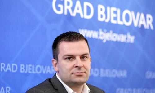 Bjelovarski SDP: Ako je gradonačelnik zataškao incident vijećnika, treba dati ostavku