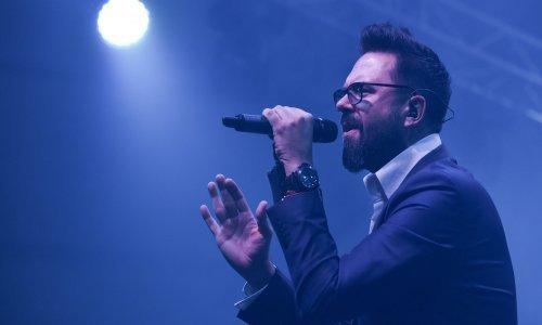 Pjevalo se do kasno u noć: Petar Grašo spektakularnim koncertom zatvorio Rujanfest