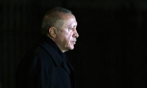 Izlazi s muškarcem turskog ciprata