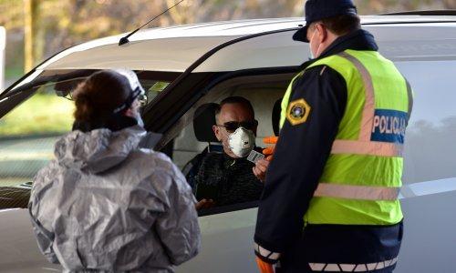 Slovenija rasporedila tisuću policajaca na granici s Hrvatskom