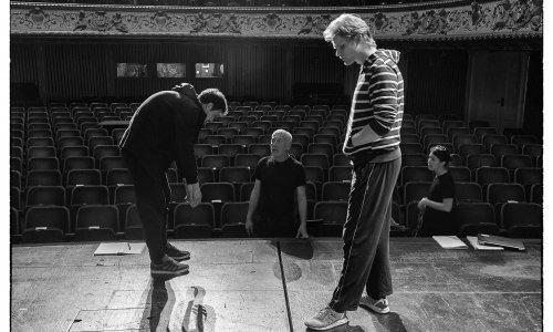 Odiseja u stilu Davida Lyncha: Murakamijev 'Kafka na žalu' u režiji Ivice Buljana uskoro na sceni zagrebačkog HNK