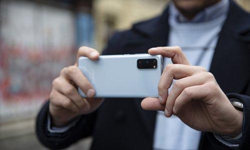 Odaberi pametni telefon čija kamera radi umjesto tebe, čak i u pokretu