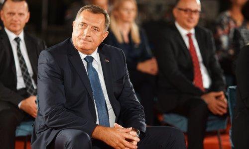 Milorad Dodik stiže u Zagreb; sastaje se s Plenkovićem i Milanovićem