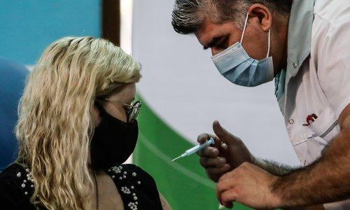 Rat za cjepivo: U Europi rastu frustracije zbog kašnjenja, a sve su glasnije optužbe da su doze namijenjene zemljama EU-a prodane drugima po višoj cijeni