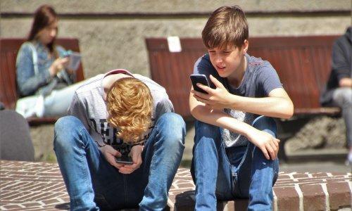 Želite se odviknuti od mobitela? Ne radite to naglo