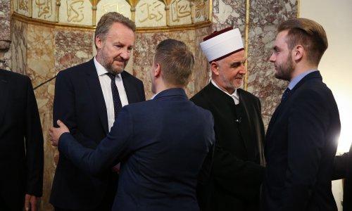 Reis Kavazović pozvao muslimane da na zlo i provokacije odgovore dobrom