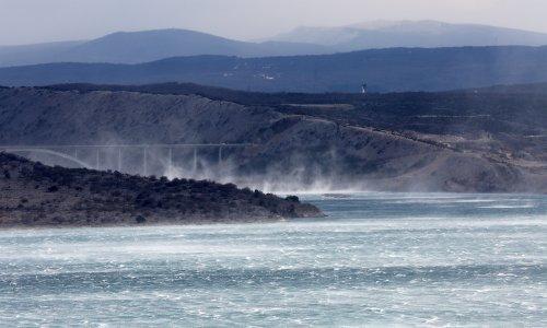 Vikend donosi kišu, vjetar i zahlađenje: Meteoalarm požutio za cijelu zemlju, pogledajte gdje nevrijeme prvo stiže