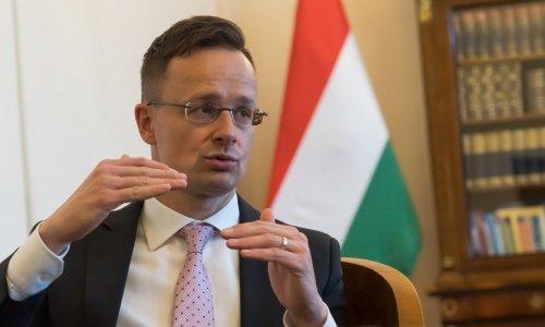 Szijjarto optužio Bruxelles da potiče krijumčarenje ljudima