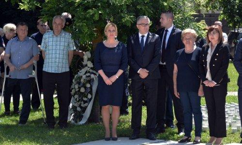 Grabr Kitarović: Moramo se crvenjeti od stida jer krivci nisu privedeni pravdi
