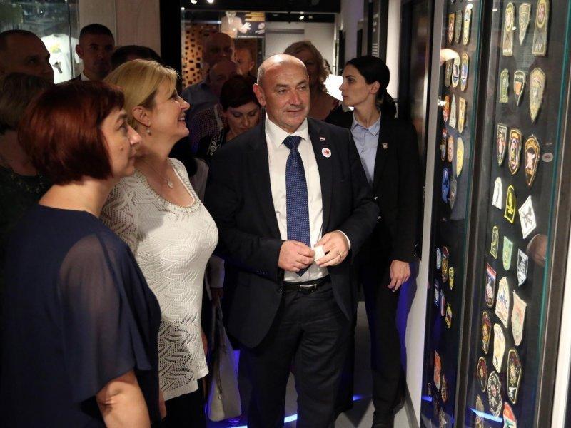 Predsjednica Kolinda Grabar-Kitarović na otvorenju Muzeja Domovinskog rata