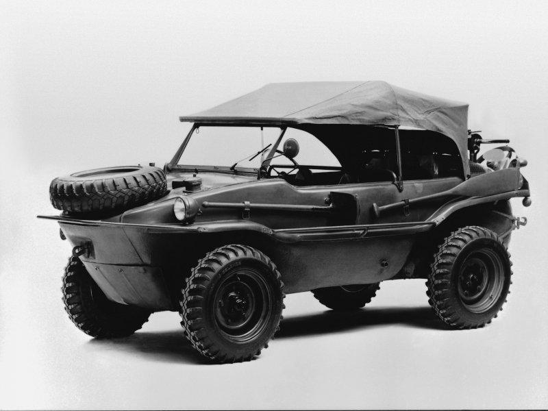 Volkswagen Typ 166, pogon 4x4, može u vodu. 14263 komada je proizvedeno između 1942. i 1944.