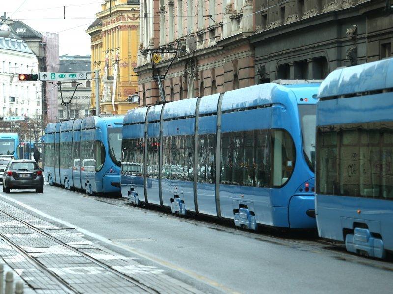 Izlaskom Iz Holdinga Zet U Ostaju Tramvaji Autobusi I Leasing