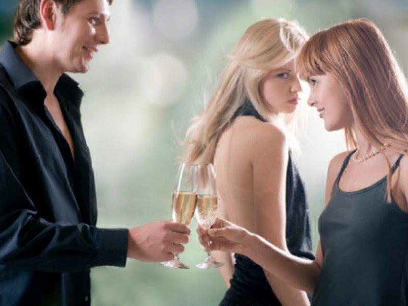 Platiti dating stranicu sa savršenim novcem