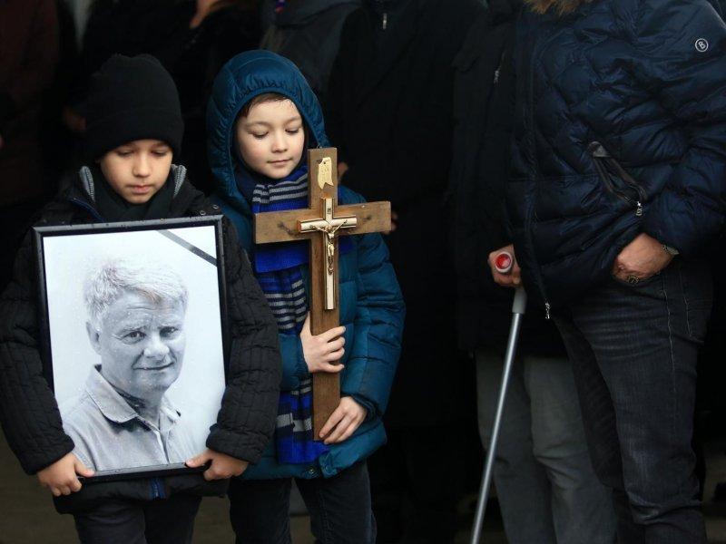 Posljednji ispraćaj Ive Gregurevića uz obitelj, prijatelje i mještane