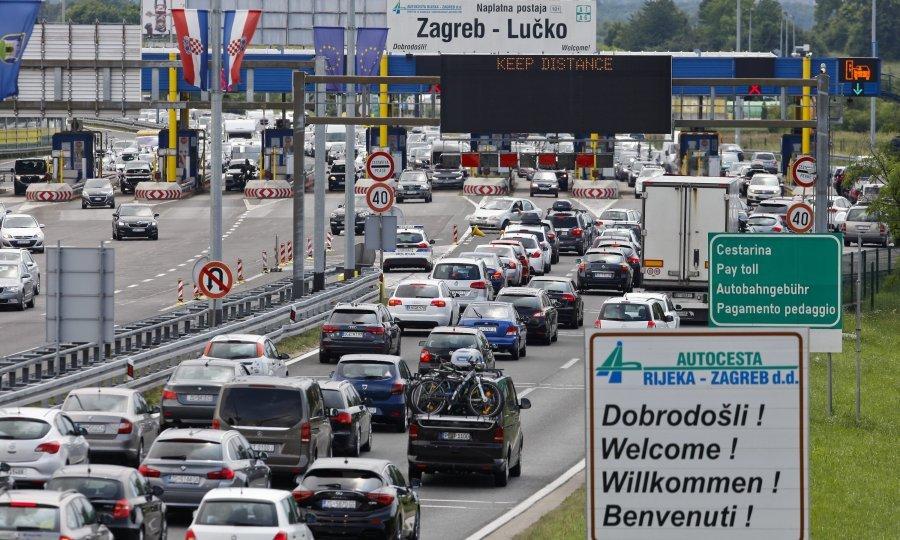 Na Autocestama Manje Vozila Nego I Istom Razdoblju Lani Tportal