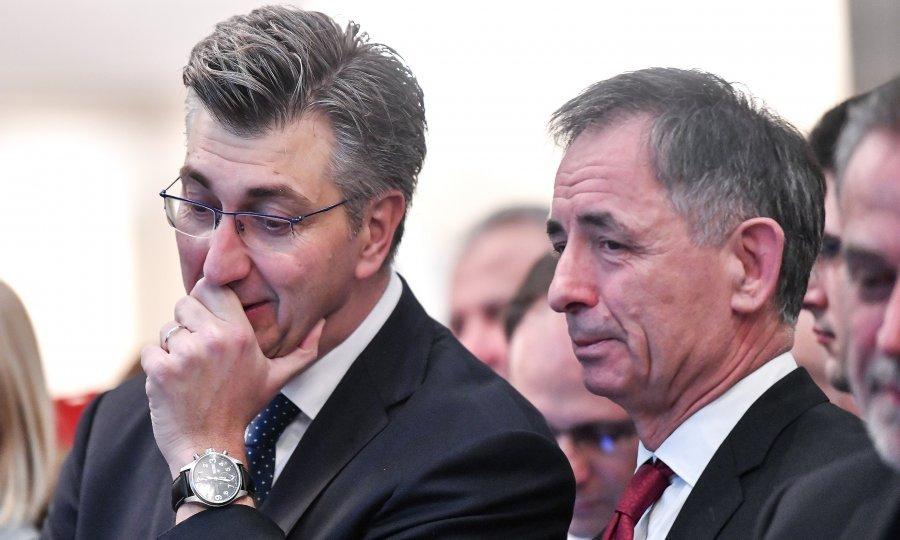 Plenković i Pupovac profitirat će jedino sporazumnim razvodom. Sve ...