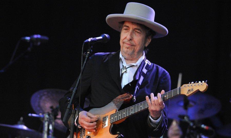 (VIDEO) PJESMA GOVORI O ATENTATU NA J. F. KENNEDYJA! Nakon osam godina Dylan objavio prvu autorsku pjesmu