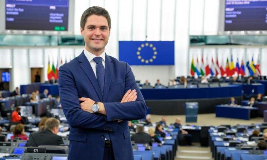 Ressler u EU  izborio novu proračunsku  liniju za pomoć turizmu 1328585