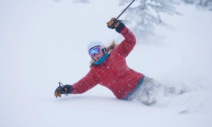 Kako izbjeći ozljede na skijanju tportal