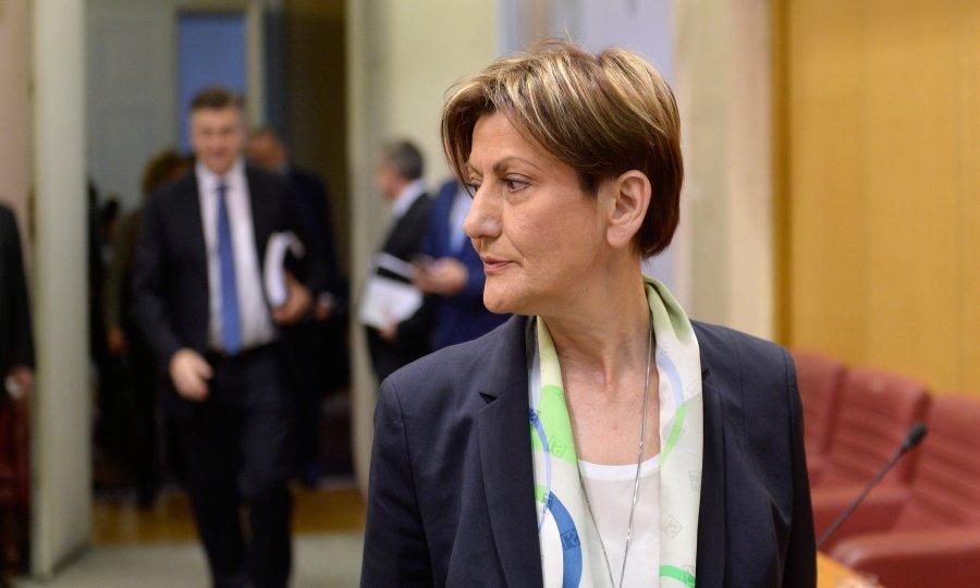 Dalić: Treba kvalitetnije urediti nagrađivanje državnih službenika