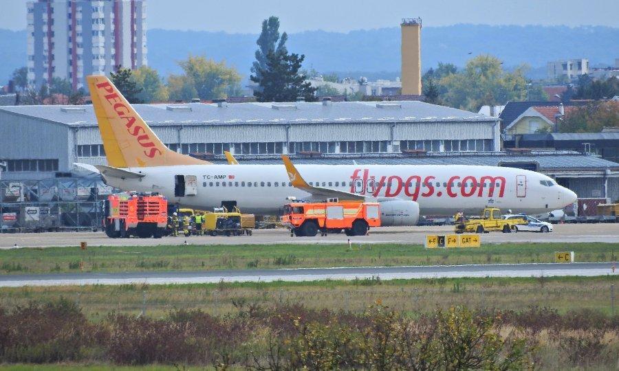Због пожара принудно слетео авион на загребачки аеродром