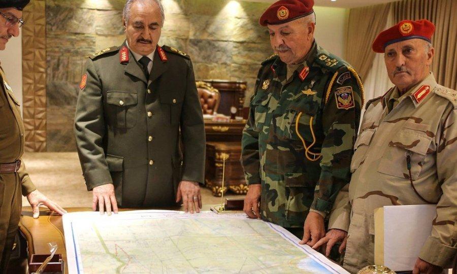Kalifa Haftar sa suradnicima