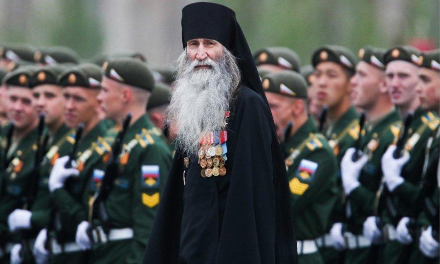 Užas: Rusi besramno paradiraju u Moskvi 983388