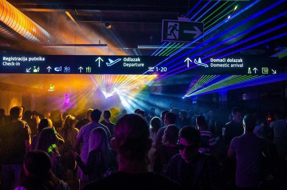 Foto Ljubitelji Elektronske Glazbe Uzivali U Spektakularnom Partyju Na Zagrebackom Plesu Tportal