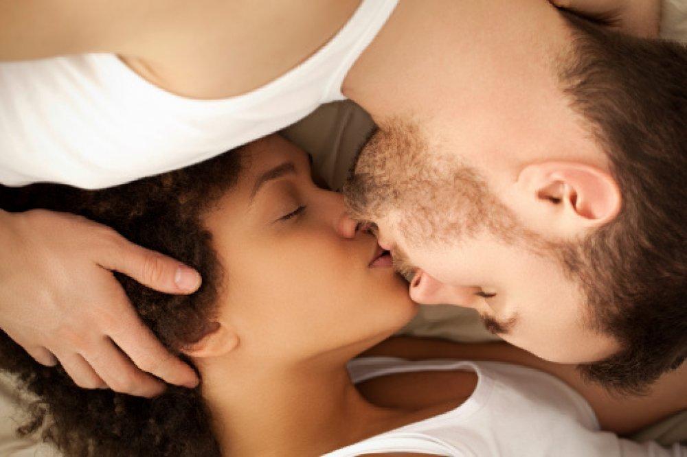 besplatna biseksualna porno cijev