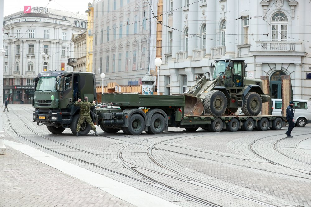 Foto General Kundid Vojska Ce Srediste Zagreba Rascistiti