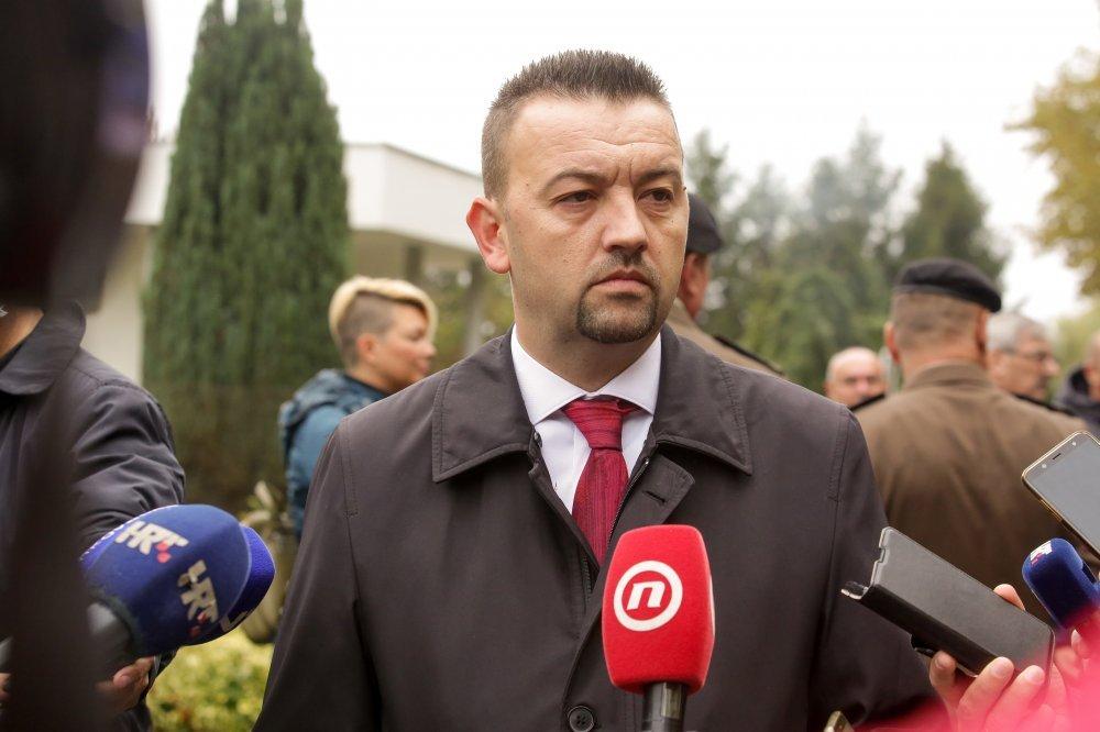 Pavliček: Čelni ljudi Stožera civilne zaštite trebaju podnijeti ostavke -  tportal