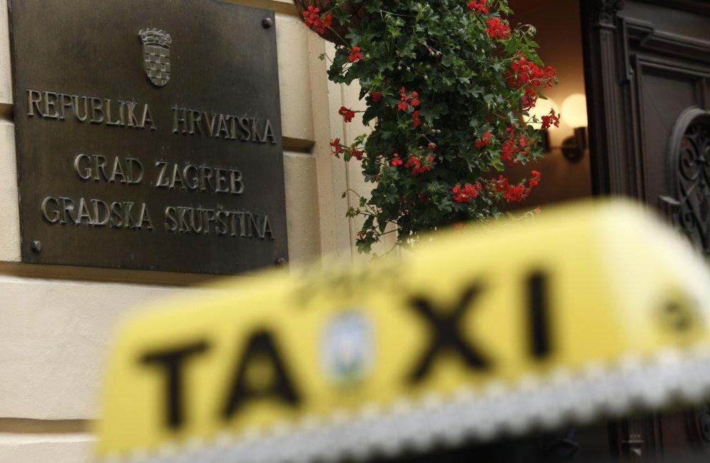 Novih 250 Taksista Dobilo Dozvole Tportal