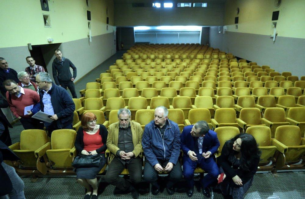 Kinoteka Tuskanac Exit Pokusali Smo Raspetljati Tko Pod Kime
