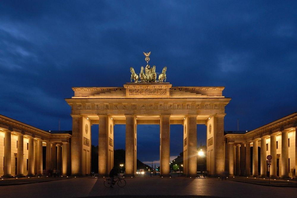 U Sreditu Berlina 10000 Ljudi Evakuirano Zbog Bombe Iz 2 Svjetskog Rata