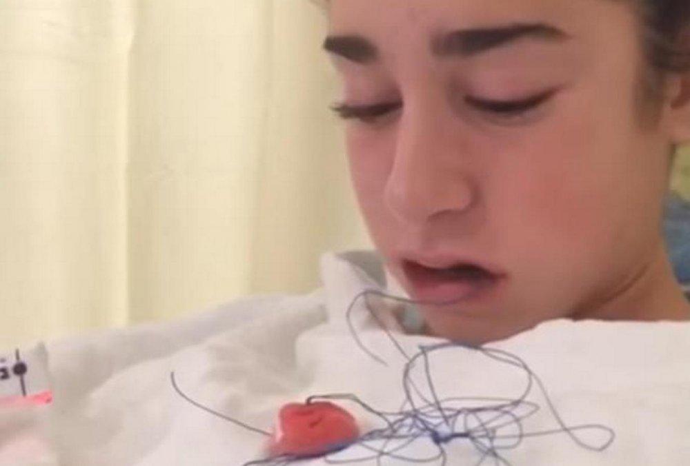 djevojka daje video glavu ogromne zrele sise pornića