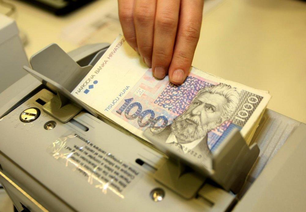 Hrvatska Poduzeca Nastavljaju Se Kreditno Razduzivati