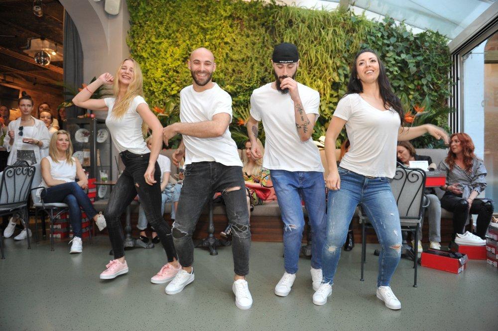 Plesači
