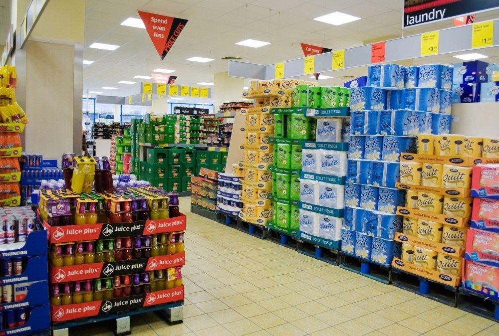 Rat supermarketa: kako njemački lanci Aldi i Lidl bacaju na