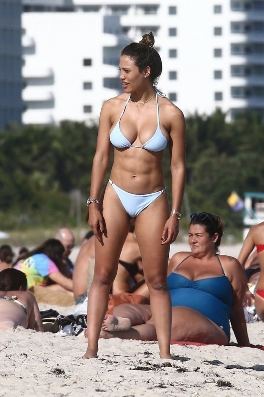 Video Jessica Ledon naked (84 photo), Sexy, Cleavage, Feet, braless 2020
