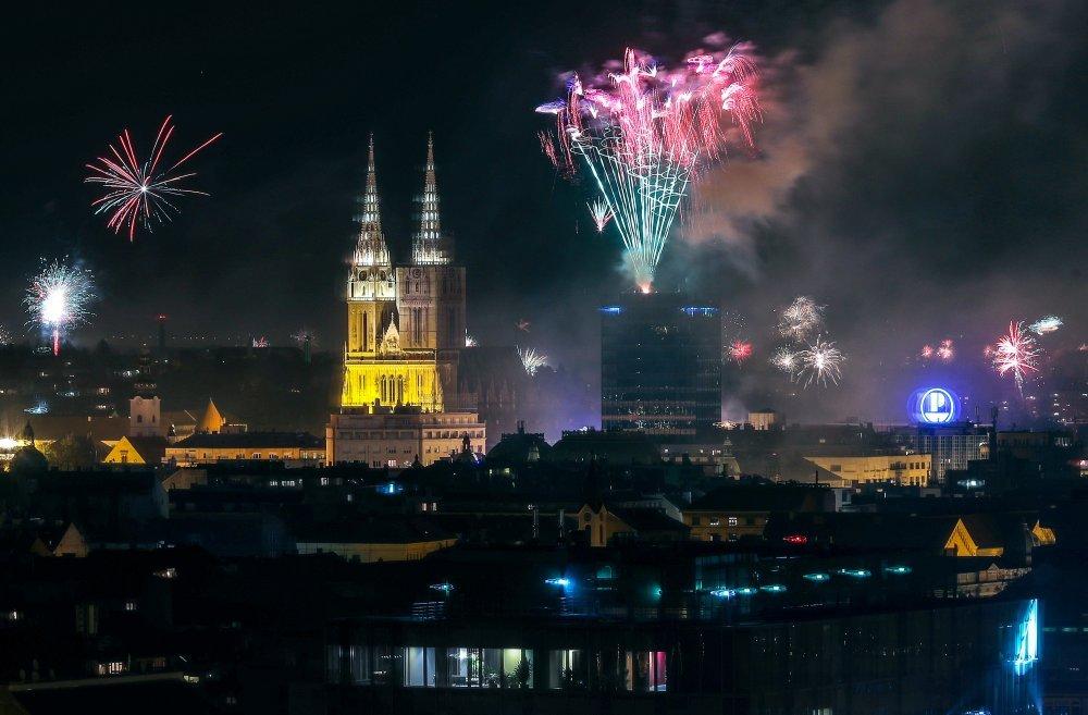Vatromet nad Zagrebom