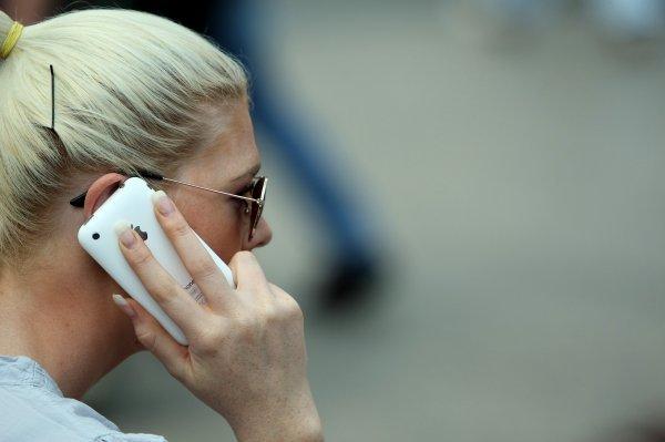 Loše koncipirana telefonska anketa može propustiti obuhvatiti različite skupine građana koji u vrijeme anketiranja nisu dostupni na svojim fiksnim telefonskim linijama, a dio građana (više) niti ne posjeduje fiksni telefon