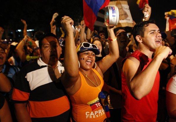 U klupku korupcije i siromaštva javnost nezadovoljstvo izražava brojnim nasilnim prosvjedima
