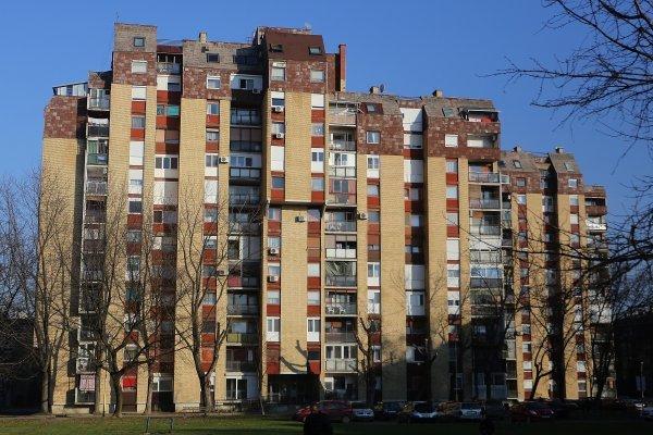 Kod višestambenih zgrada preporučljivo je da se energetski pregled obavi za sve stanove odjednom