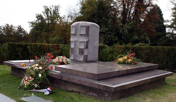 Šuškov grob na Mirogoju