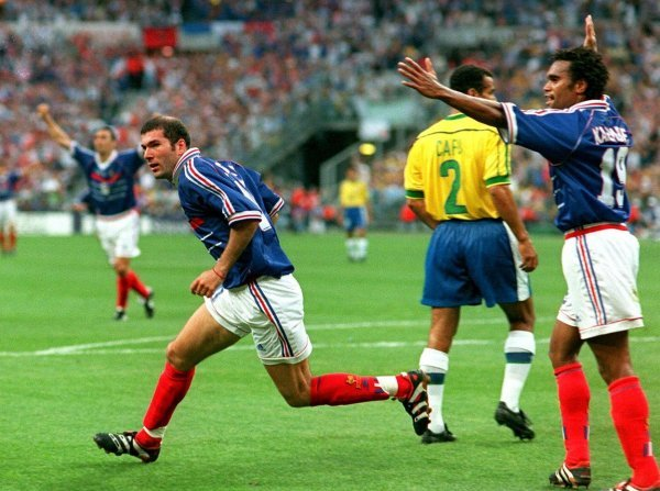 Zinedine Zidane i Trikolori razbili su u finalu SP-a 1998. favorizirani Brazil 3:0