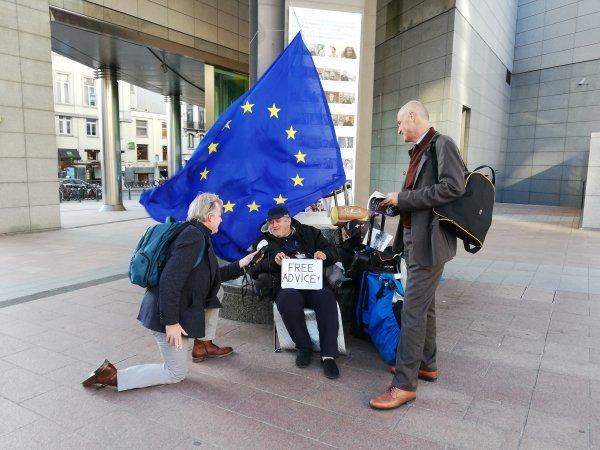Detalj s briselskih ulica pred debatu vodećih kandidata